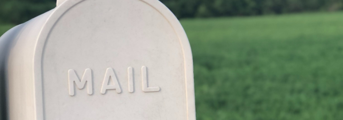 What's the Difference Between a Personal Mailbox and an Email Service Provider?
